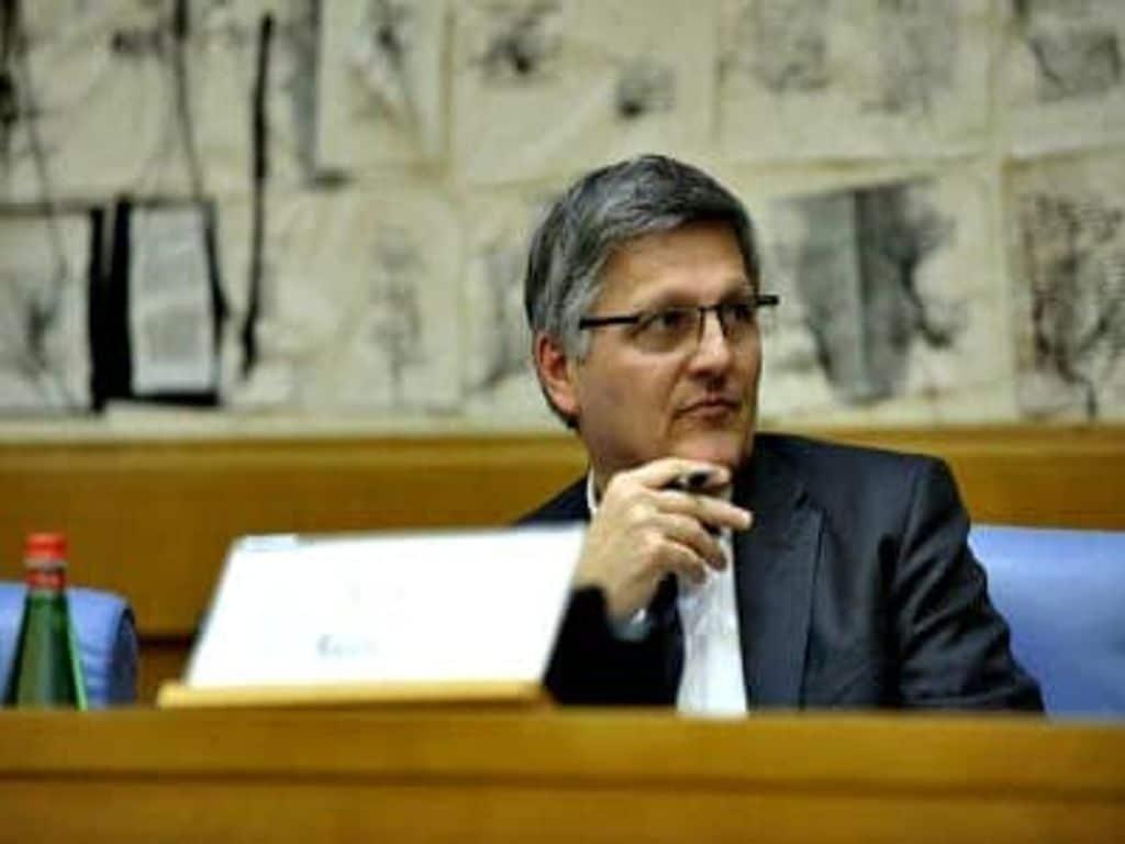 Risposta Del Senatore Luigi Gaetti Al Questionario Sulla Giustizia