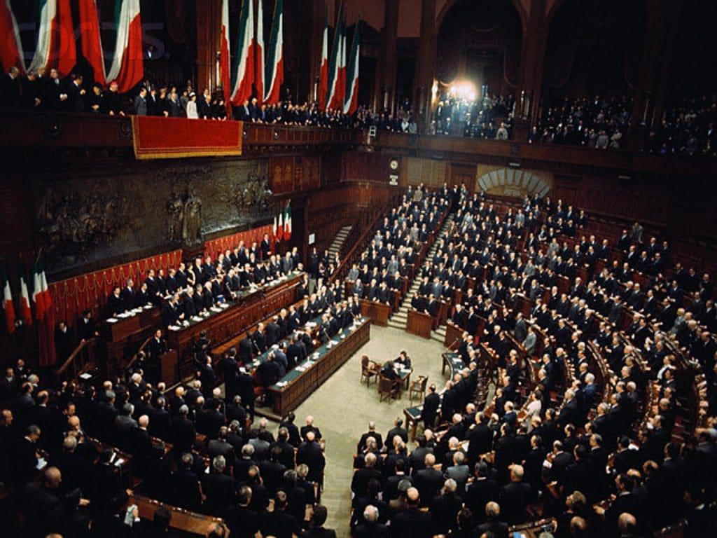 Le risposte imbarazzanti dei nostri parlamentari | aivm.it
