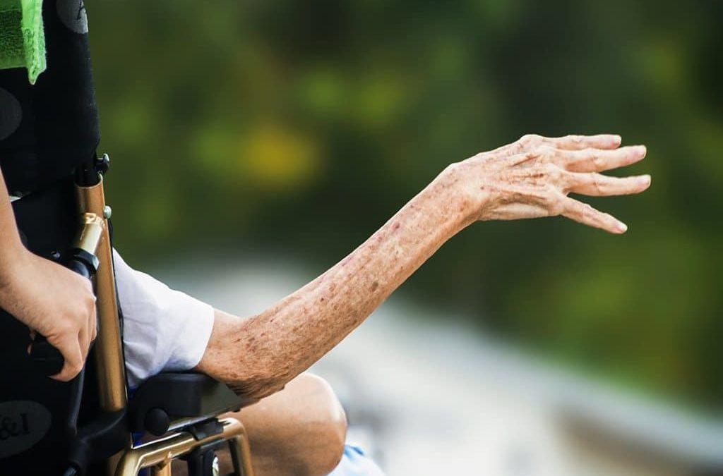 Amministratori Di Sostegno Sottraggono Oltre €40.000 A Un'Anziana