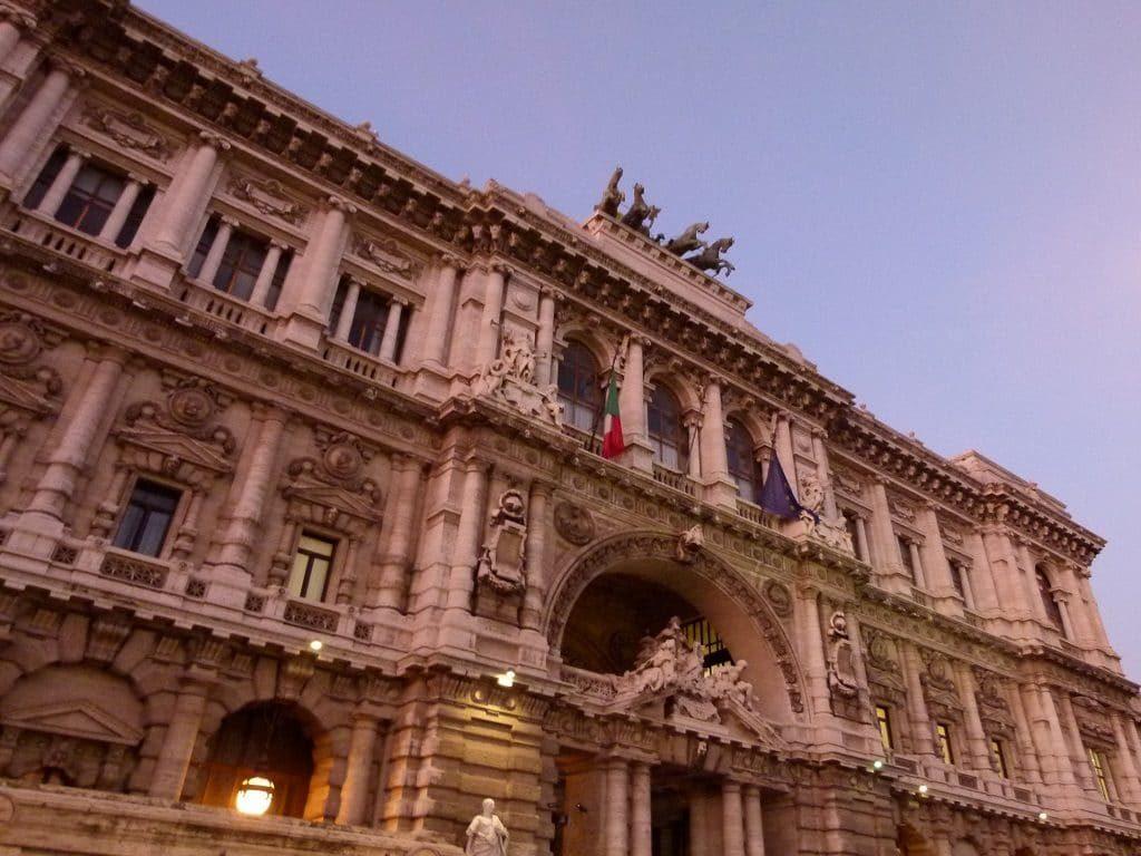 Avvocati, Consiglieri Dell'Ordine Solo Per Due Mandati | aivm.it