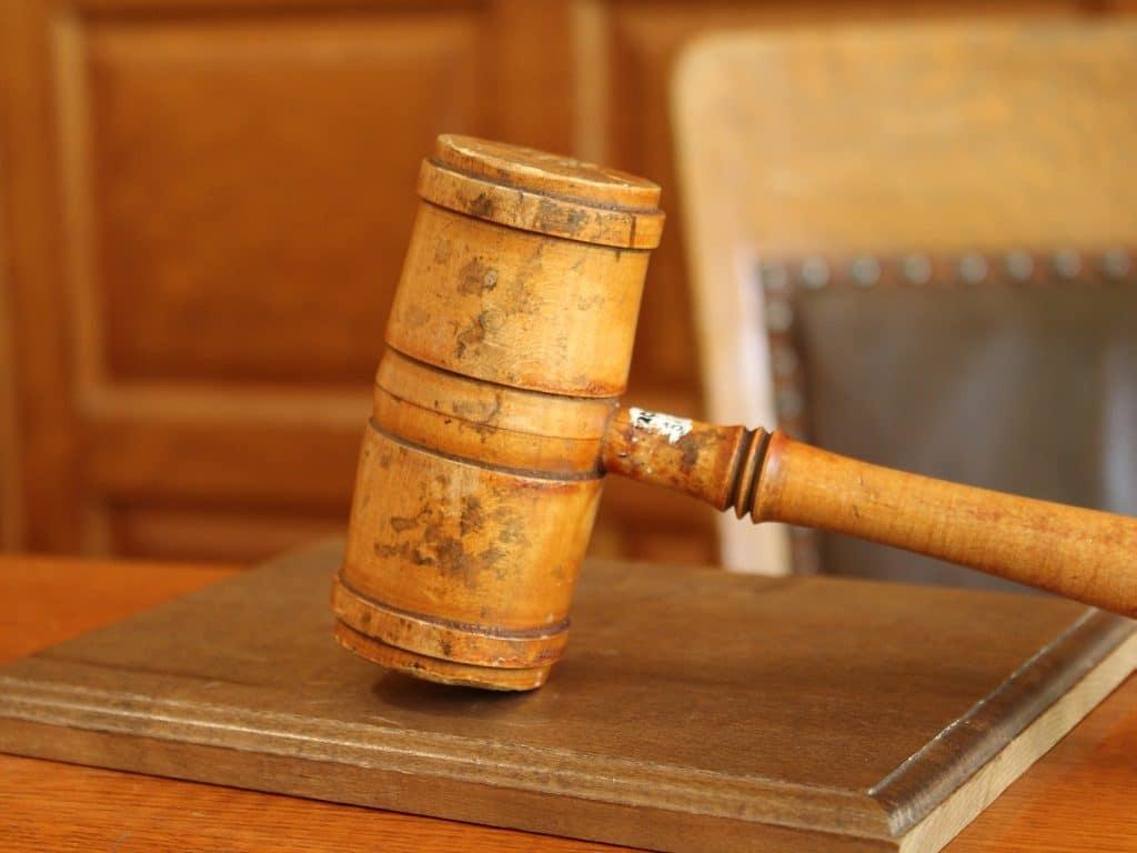 La Giustizia Fallibile Che Persegue i Sistemi AIVM