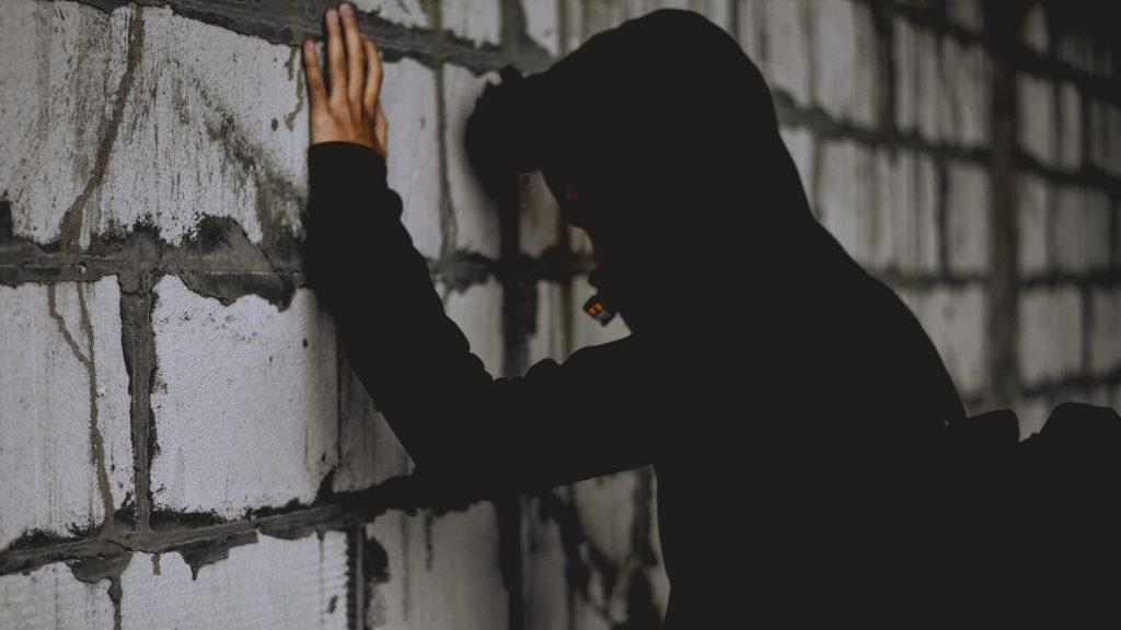 incarcerato ingiustamente per l'omicidio del padre