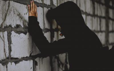 Incarcerato Ingiustamente per L'Omicidio Del Padre: Risarcito 16enne Innocente